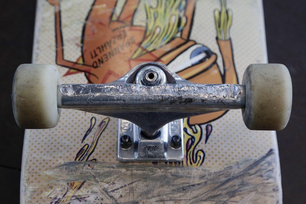 buy skate trucks2
