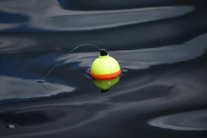 close up picture of bobber in water