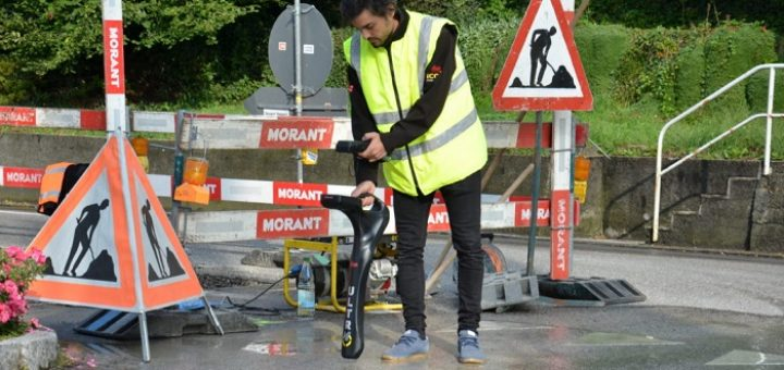 underground cable pipe locator instrument