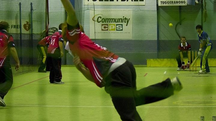 Indoor-Cricket-Gear