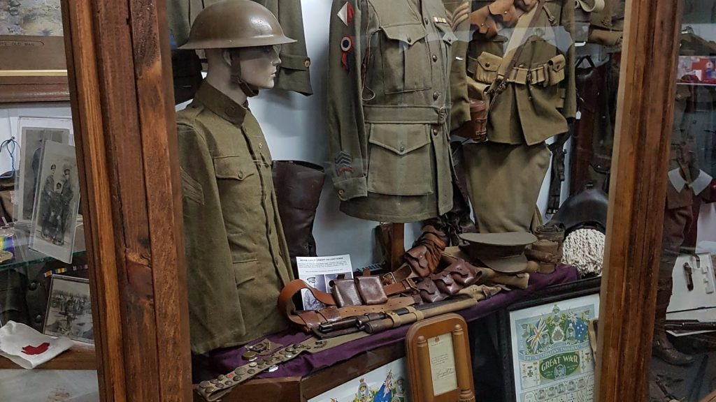 army attraction antiques collectables