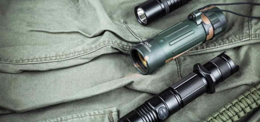 best-tactical-flashlight-for-camping