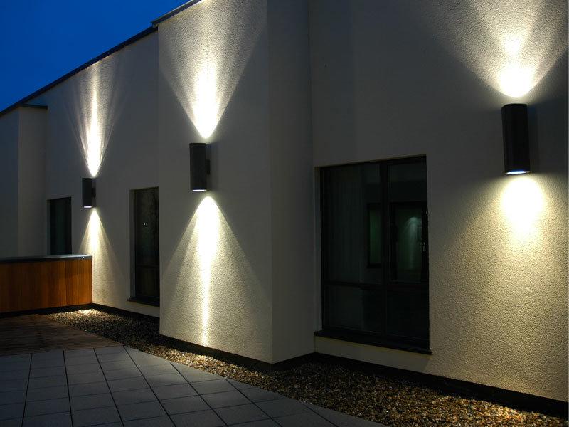 Outdoor-LED-Wal