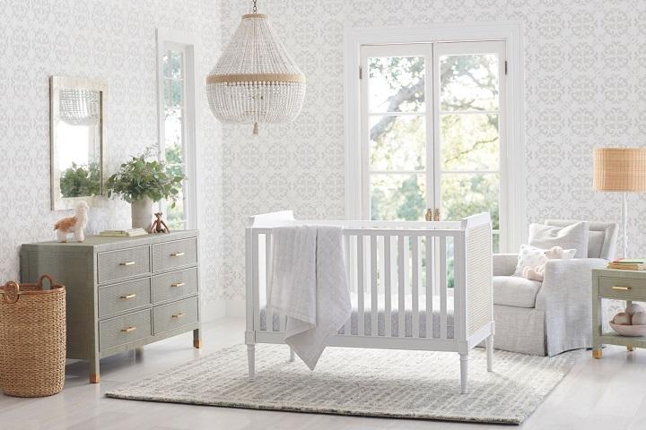 Nursery with storage spaces