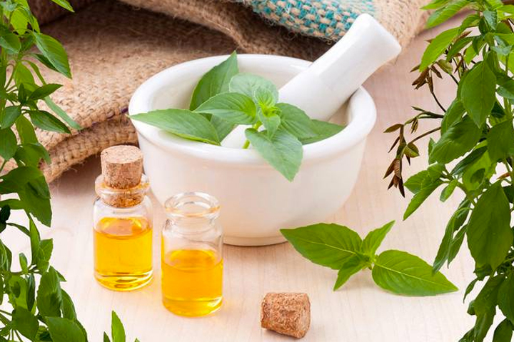 aromatherapy-and-essential-oils
